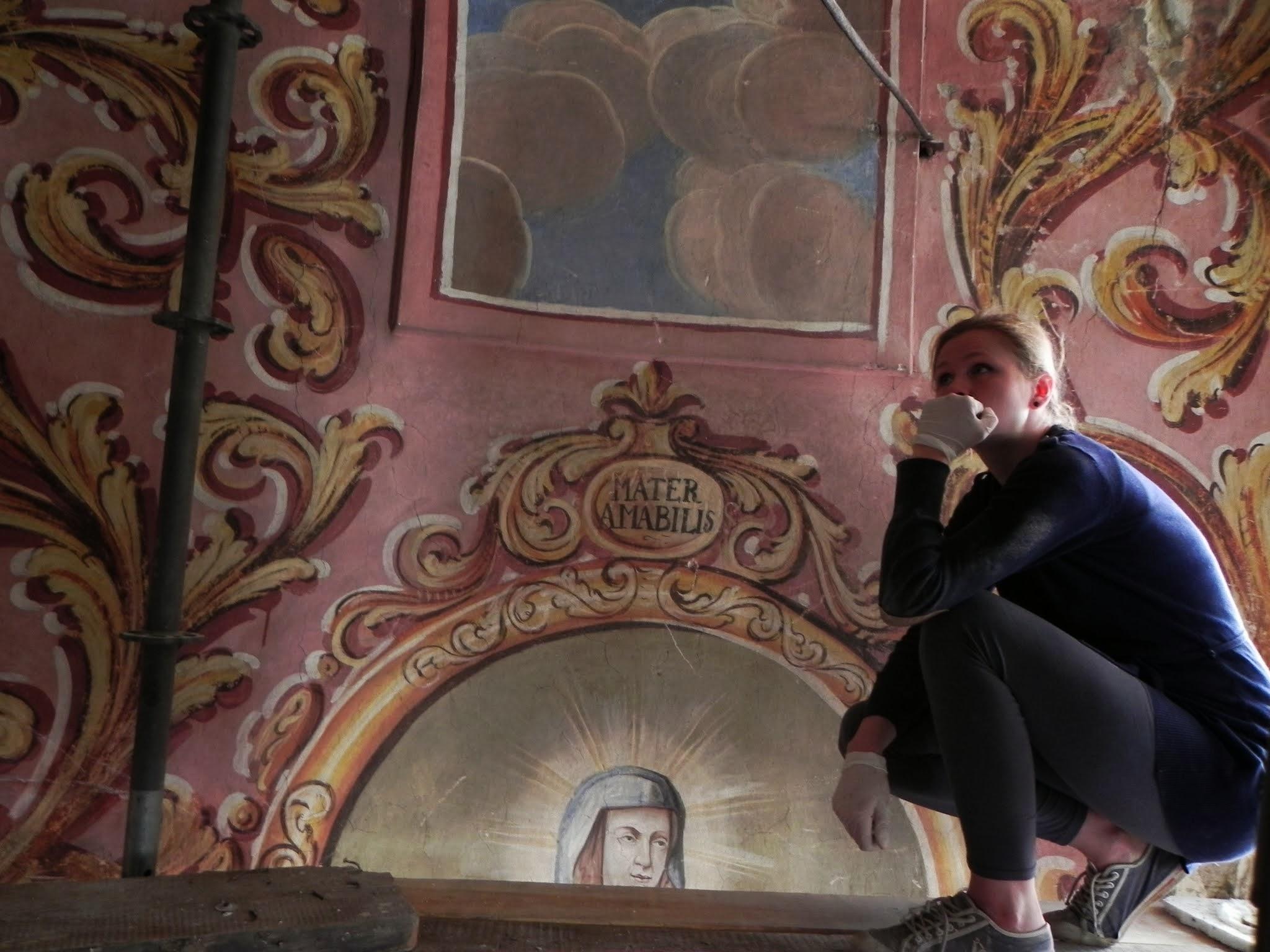 pani Małgosia - konserwatorka fresków