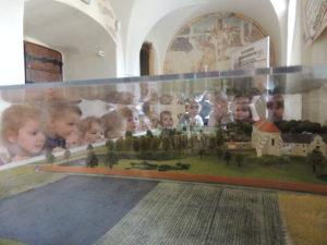 2018.03.12.- Poziomki na Wystawie o Papieżu (2)